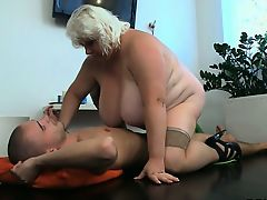 BBW with great tits rides his cock