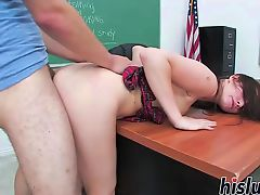 Cute babe gets slammed in the classroom
