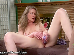Fabulous pornstar in Crazy Mature, Fingering sex clip