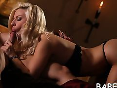 Spruce cutie in fishnets stockings is impaled on thick dong