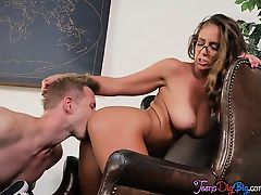 Teen Bombshell Layla London Gets Her Pussy Drilled