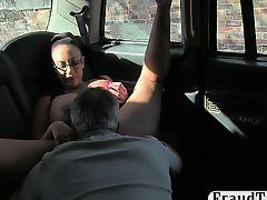 Big boobs whore nailed by fake driver
