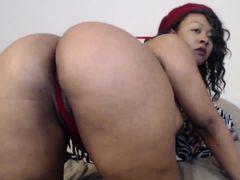 Curvy ebony babe with huge tits
