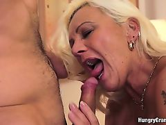 Busty Hairy Gilf Receives Oral