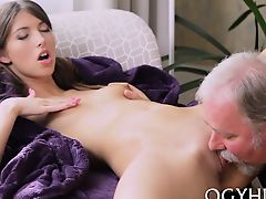 Kinky young sweetie receives her cookie slammed by old dude