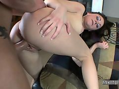 Petite slut Sindee Jennings takes all the cum in her pussy