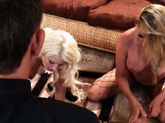 Anikka Albrite and Samantha Saint are two blondes that are